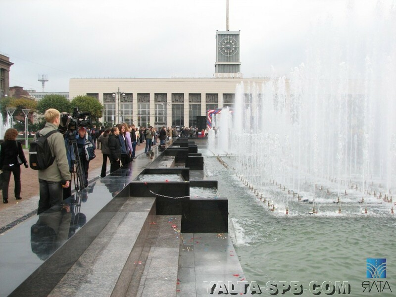 gorodskoy-fontan-ploschad-lenina_11