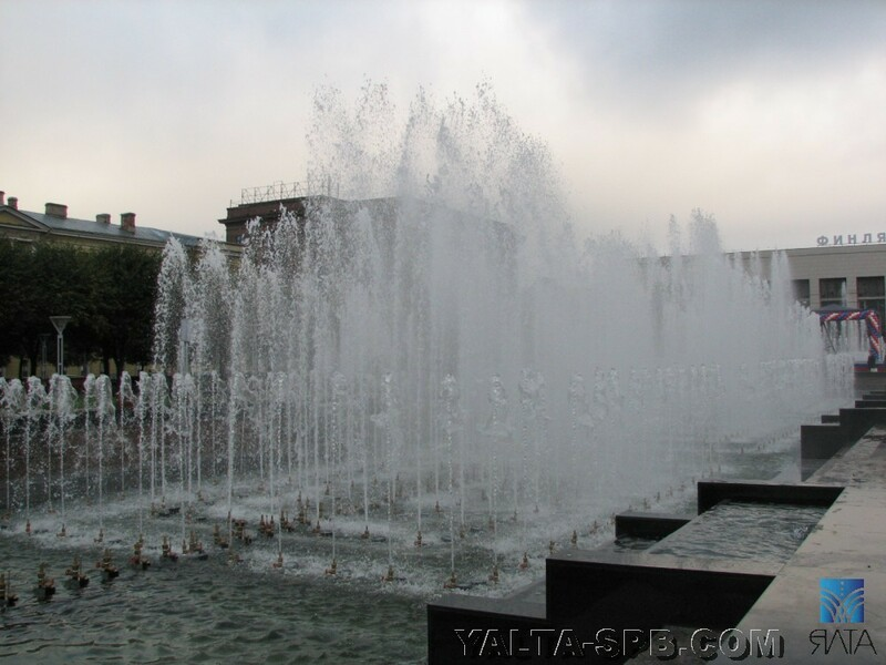 gorodskoy-fontan-ploschad-lenina_20