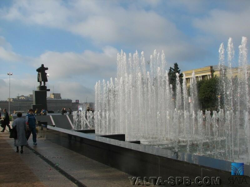 gorodskoy-fontan-ploschad-lenina_7