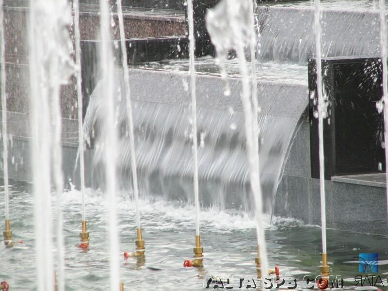 gorodskoy-fontan-ploschad-lenina_9