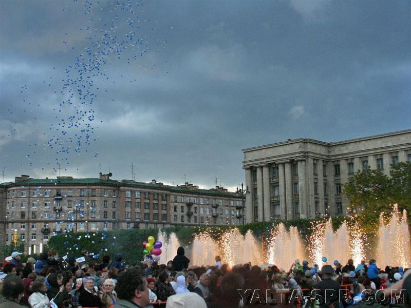 fontan-na-moskovskoy-ploschadi_2