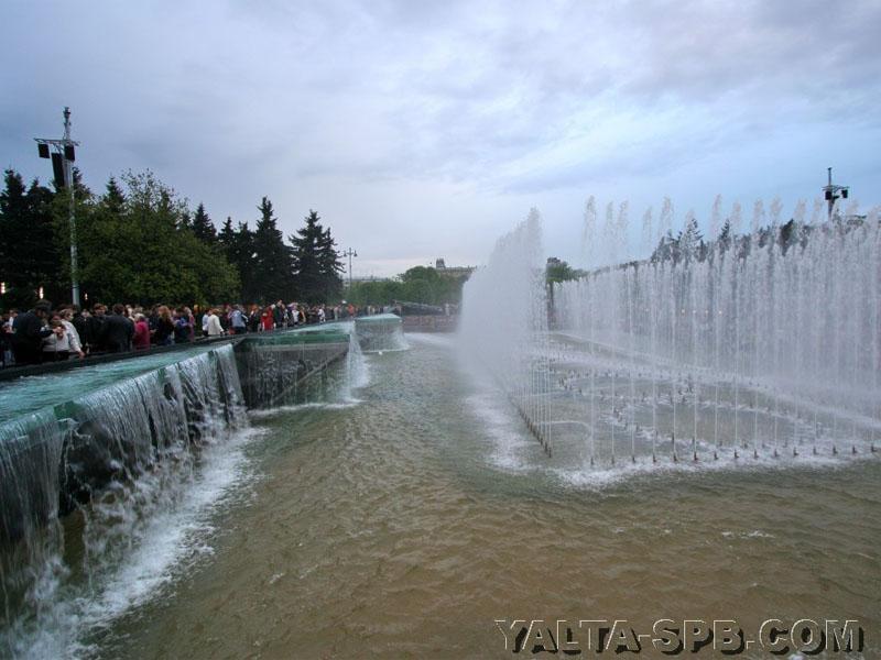 fontan-na-moskovskoy-ploschadi_20