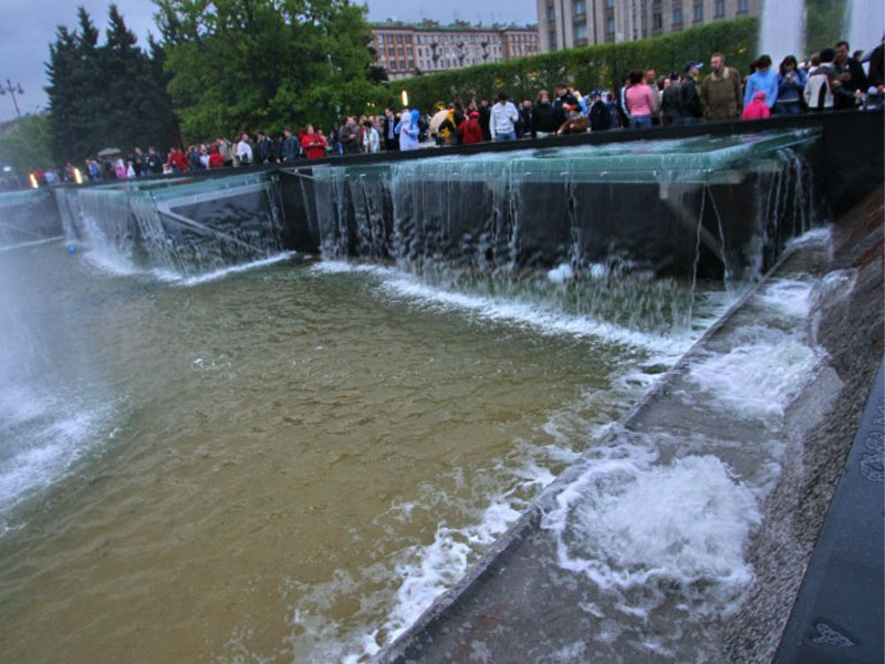 fontan-na-moskovskoy-ploschadi_22