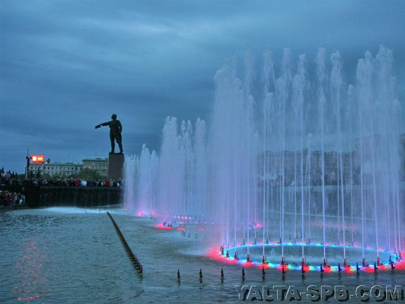 fontan-na-moskovskoy-ploschadi_7